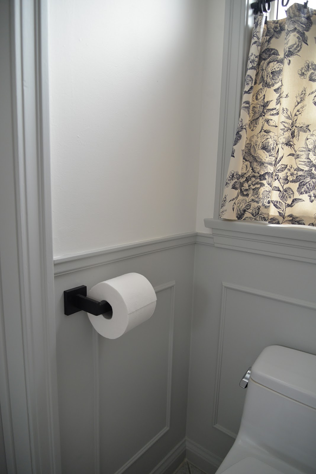 small bathroom remodel, bathroom design ideas, bathroom wainscot